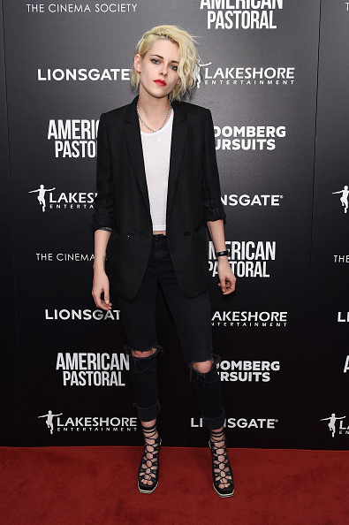 "Kristen Stewart「Lionsgate And Lakeshore Entertainment With Bloomberg Pursuits Host A Screening Of ""American Pastoral"" - Arrivals」:写真・画像(11)[壁紙.com]"