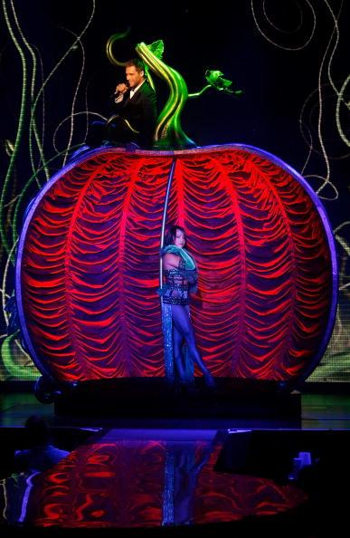 "Planet Hollywood Resort and Casino「""PEEPSHOW"" Debuts New Headliner Holly Madison」:写真・画像(8)[壁紙.com]"