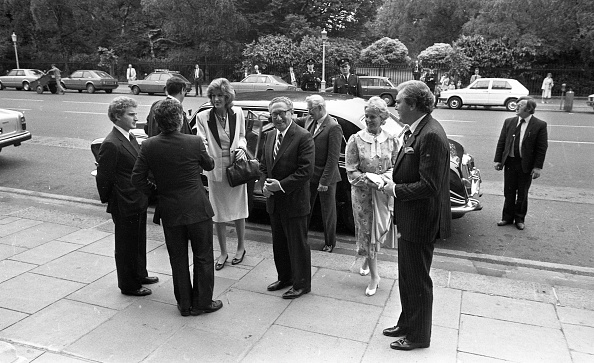光栄「Dr Henry Kissinger at Iveagh House 1983」:写真・画像(15)[壁紙.com]