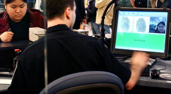 Kennedy Airport「New System Tracks Foreign Travellers At JFK 」:写真・画像(12)[壁紙.com]