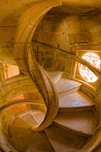 Abbey - Monastery「Spiral Stone Staircase in Convento de Cristo」:スマホ壁紙(10)