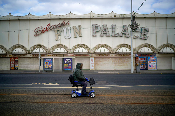 Blank「Blackpool's Deserted Golden Mile During Coronavirus Outbreak」:写真・画像(17)[壁紙.com]