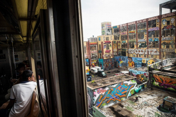 Graffiti「Iconic New York Graffiti Landmark To Be Torn Down」:写真・画像(4)[壁紙.com]