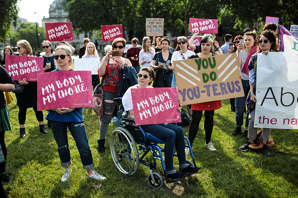 Abortion「Pro-Choice Abortion Campaigners Hold Demonstration Outside Parliament」:写真・画像(3)[壁紙.com]