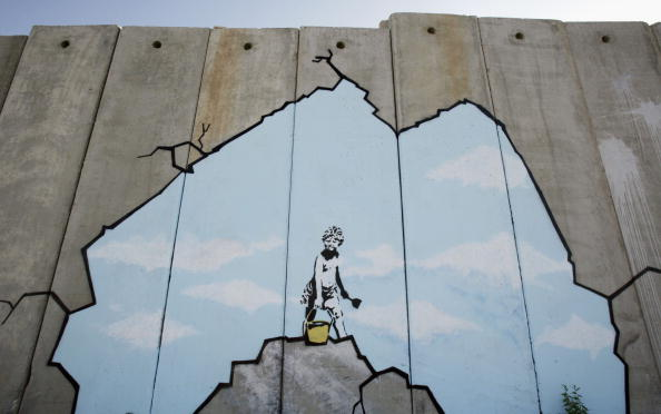 West Bank「British Guerrilla Artist Decorates West Bank Barrier」:写真・画像(14)[壁紙.com]