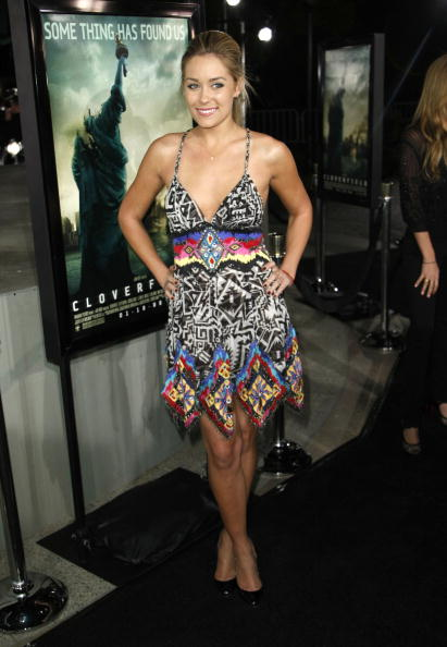 """Baby Doll Dress「Los Angeles Premiere of Paramount's """"Cloverfield"""" - Arrivals」:写真・画像(7)[壁紙.com]"""