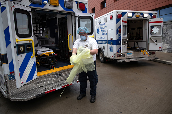 Stamford - Connecticut「Tri-State EMS Workers Confront Growing Number Of Coronavirus Cases」:写真・画像(7)[壁紙.com]