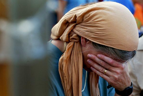 女性一人「Settlers Hold A Mass Prayer Against Disengagement」:写真・画像(13)[壁紙.com]