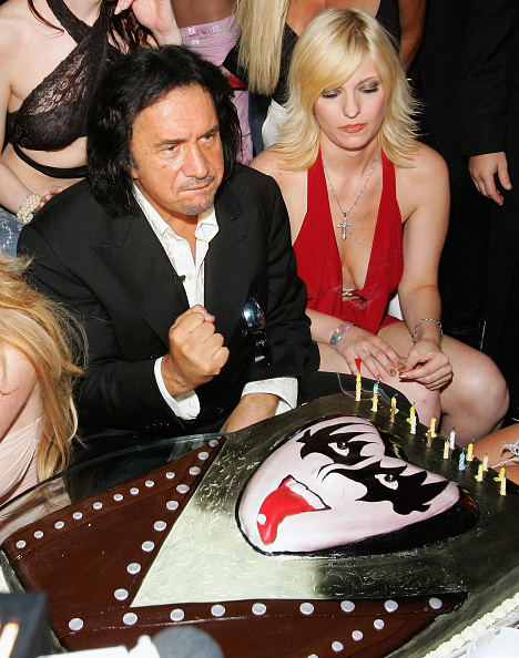 Sweet Food「Gene Simmons Birthday Party」:写真・画像(12)[壁紙.com]