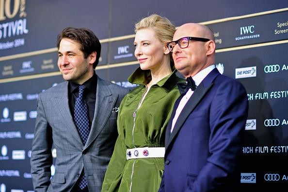 Green Color「'Blue Jasmine' Green Carpet Arrivals - Zurich Film Festival 2014」:写真・画像(7)[壁紙.com]