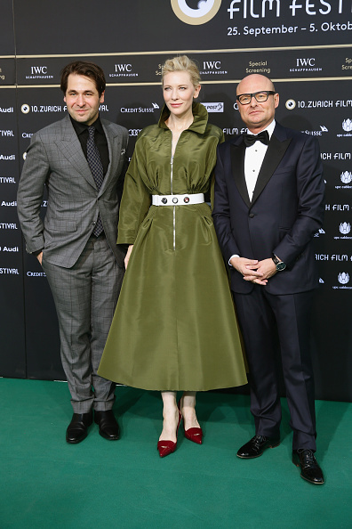 Green Color「'Blue Jasmine' Green Carpet Arrivals - Zurich Film Festival 2014」:写真・画像(6)[壁紙.com]