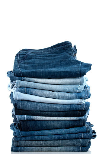 Casual Clothing「Pile of Jeans」:スマホ壁紙(13)