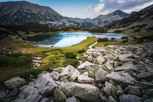 Bulgaria「Lake in mountains of Pirin」:スマホ壁紙(8)