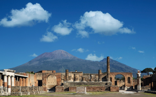 Active Volcano「Vulcan Vesuvio and Pompei ruins, the Forum」:スマホ壁紙(14)