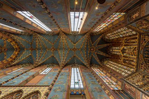 St「The choir of St Mary's basilica in Krakow, Poland.」:スマホ壁紙(3)