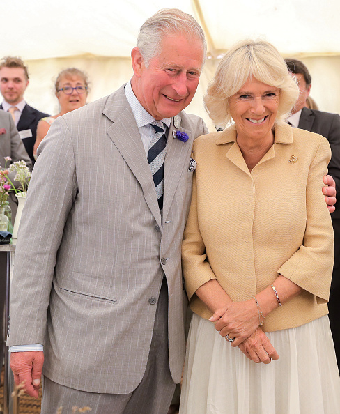 Camilla - Duchess of Cornwall「The Prince Of Wales & Duchess Of Cornwall Visit Devon & Cornwall - Day 3」:写真・画像(16)[壁紙.com]