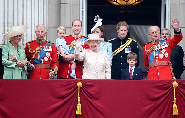 Royalty「Trooping The Colour」:写真・画像(0)[壁紙.com]