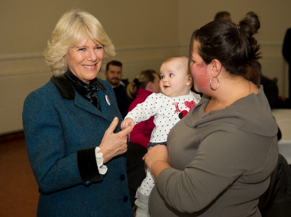 Ian Gavan「The Prince Of Wales And Duchess Of Cornwall Visit Riot Hit Businesses In Tottenham」:写真・画像(19)[壁紙.com]