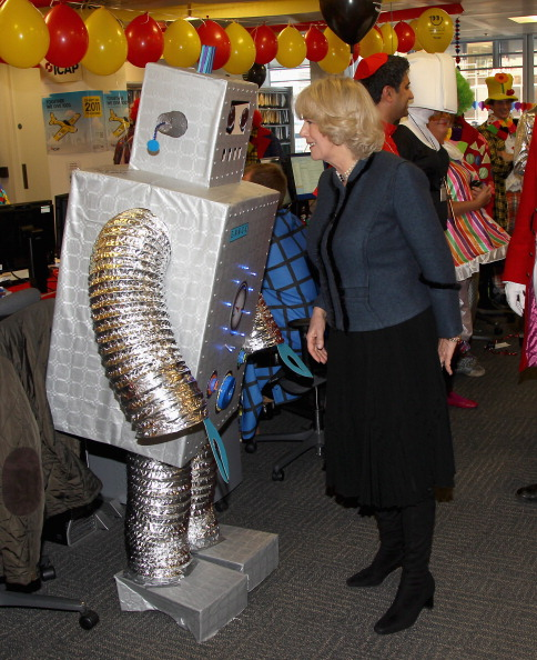 Caritas Internationalis Charity Day「The Duchess Of Cornwall Attends The 19th Annual ICAP Charity Day」:写真・画像(5)[壁紙.com]