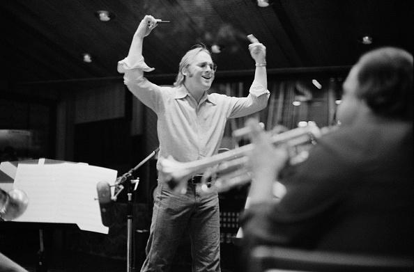 楽器「Stephen Stills In Studio」:写真・画像(8)[壁紙.com]