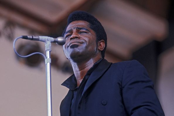 Singer「James Brown At Newport」:写真・画像(1)[壁紙.com]