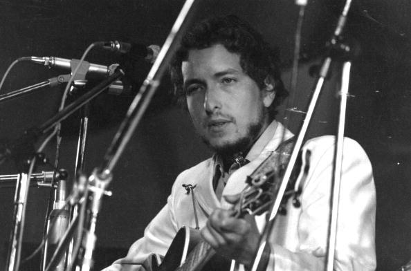 William Lovelace「Festival Dylan」:写真・画像(2)[壁紙.com]