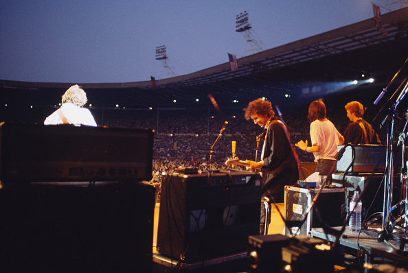 爪弾く「Bob Dylan」:写真・画像(2)[壁紙.com]