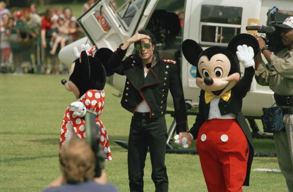 Mickey Mouse「Jackson And The Mouse」:写真・画像(3)[壁紙.com]