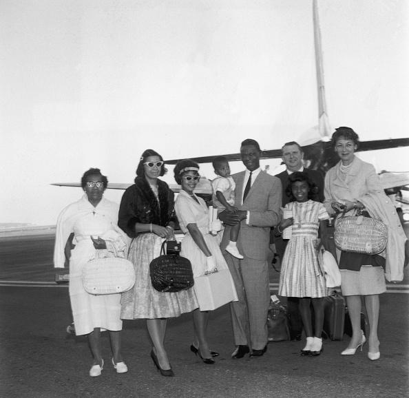 Nice Côte d'Azur Airport「Nat King Cole, Natalie Cole & family」:写真・画像(5)[壁紙.com]