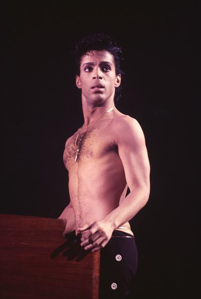 Singer「Prince Live On Stage」:写真・画像(17)[壁紙.com]