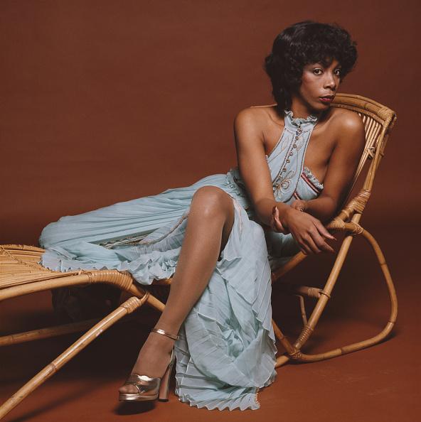 ドレス「Donna Summer」:写真・画像(7)[壁紙.com]
