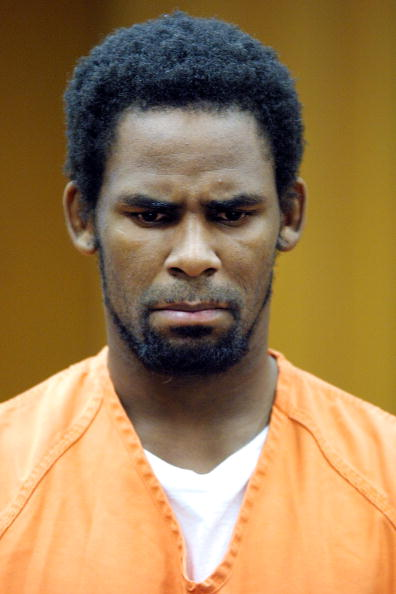 Courthouse「R. Kelly Appears In Court」:写真・画像(2)[壁紙.com]