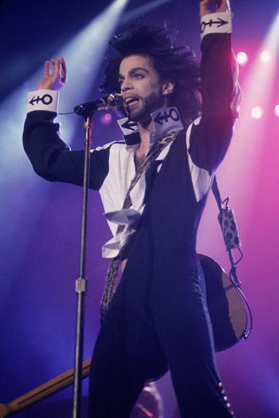 ミュージシャン「Prince Sings In Concert」:写真・画像(1)[壁紙.com]