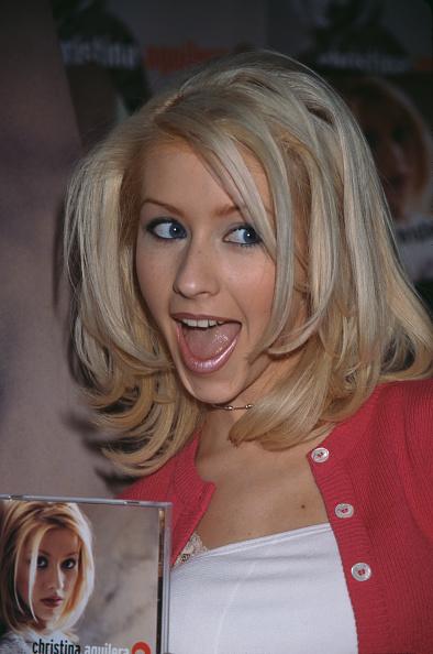 Michael Ochs Archives「Christina Aguilera Promoting Her Debut Album」:写真・画像(19)[壁紙.com]