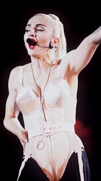 Bra「Madonna And Sandra」:写真・画像(0)[壁紙.com]