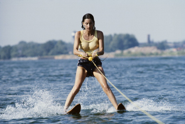 Singer「Cher On Waterskis」:写真・画像(15)[壁紙.com]