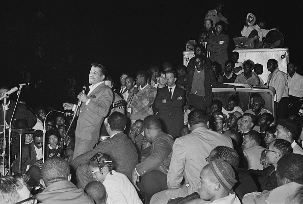Human Rights「Sammy Davis Jr. performs at Civil Rights Demo」:写真・画像(15)[壁紙.com]