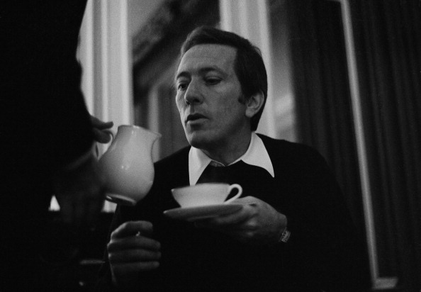 Pouring「Tea For Andy Williams」:写真・画像(14)[壁紙.com]