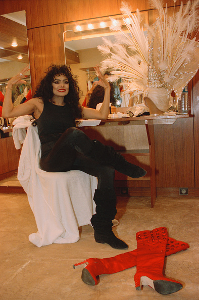 Awe「La Toya Jackson At The Moulin Rouge」:写真・画像(13)[壁紙.com]