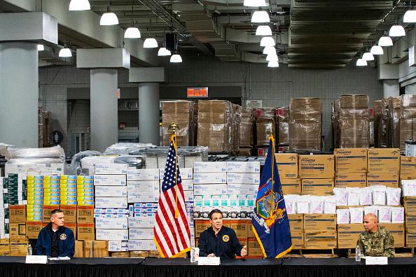 Eduardo Munoz Alvarez「NY Governor Andrew Cuomo Holds Daily Briefing At Javits Center」:写真・画像(2)[壁紙.com]
