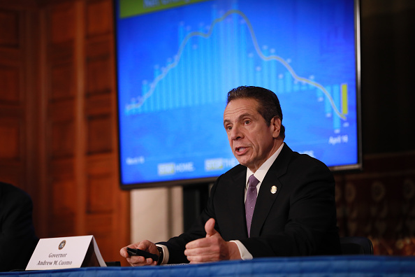 Meeting「New York Governor Andrew Cuomo Holds His Daily Coronavirus Briefing In Albany」:写真・画像(0)[壁紙.com]