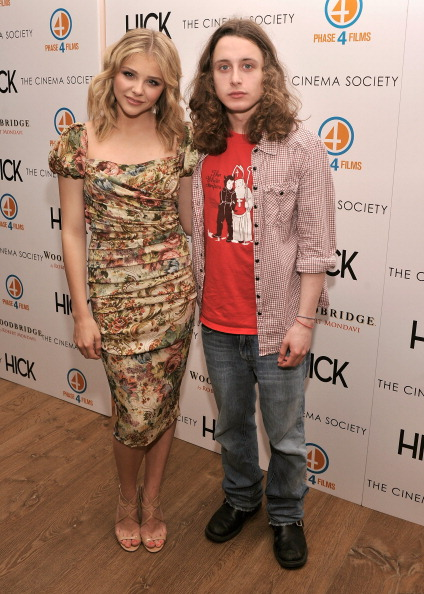 """Stephen Lovekin「The Cinema Society And Phase 4 Films Presents A Special Screening Of """"Hick"""" - Arrivals」:写真・画像(2)[壁紙.com]"""