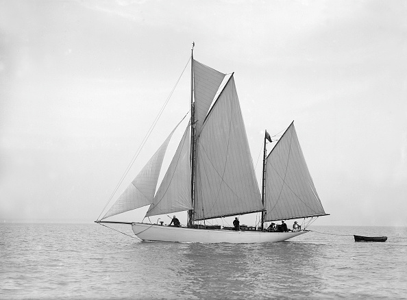Cutting「The Yawl Meander Sailing In Close-Hauled」:写真・画像(17)[壁紙.com]