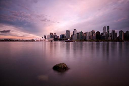 船・ヨット「夕暮れ時、カナダのバンクーバーのスカイライン」:スマホ壁紙(15)
