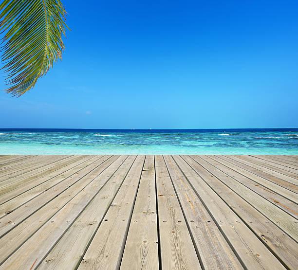 Wooden terrace and tropical seascape:スマホ壁紙(壁紙.com)