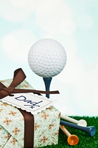 父の日「父の日や誕生日の贈り物にゴルファー」:スマホ壁紙(9)