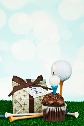 父の日「父の日や誕生日の贈り物にゴルファー」:スマホ壁紙(3)