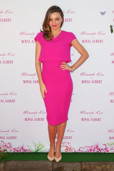 Miranda Kerr「Miranda Kerr Public Appearance At Royal Albert Pop-Up Store Sydney」:写真・画像(3)[壁紙.com]