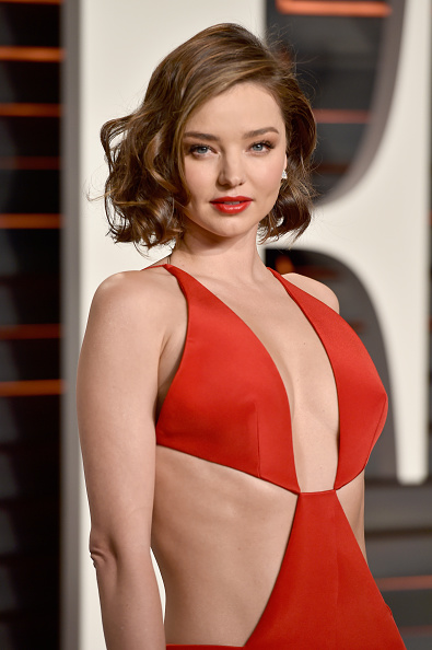 ミランダ・カー「2016 Vanity Fair Oscar Party Hosted By Graydon Carter - Arrivals」:写真・画像(12)[壁紙.com]