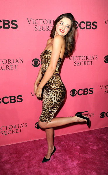 Miranda Kerr「2011 Victoria's Secret Fashion Show Viewing Party」:写真・画像(2)[壁紙.com]